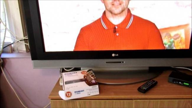 kak-podklyuchit-dva-televizora-k-odnoj-cifrovoj-pristavke-3.jpg